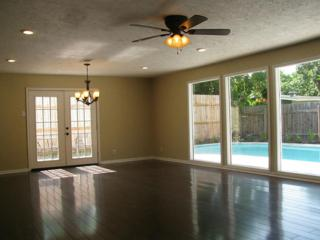 1852  Bimini Way  , Seabrook, TX 77586 (MLS #55493977) :: REMAX Space Center - The Bly Team
