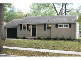 7119  Linden Street  , Prairie Village, KS 66208 (#1910411) :: Char MacCallum Real Estate Team