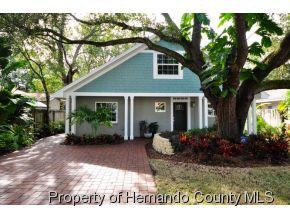 3408  W Oakellar Ave  , Tampa, FL 33611 (MLS #2156401) :: The Hardy Team - RE/MAX Marketing Specialists