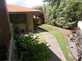 1084  Maluna Street  , Honolulu, HI 96818 (MLS #201417556) :: Team Lally