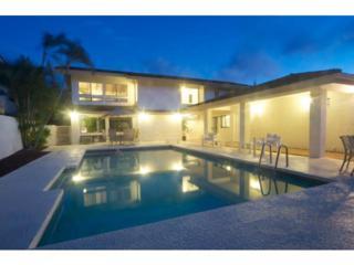 7911  Makaaoa Place  , Honolulu, HI 96825 (MLS #201508686) :: Team Lally