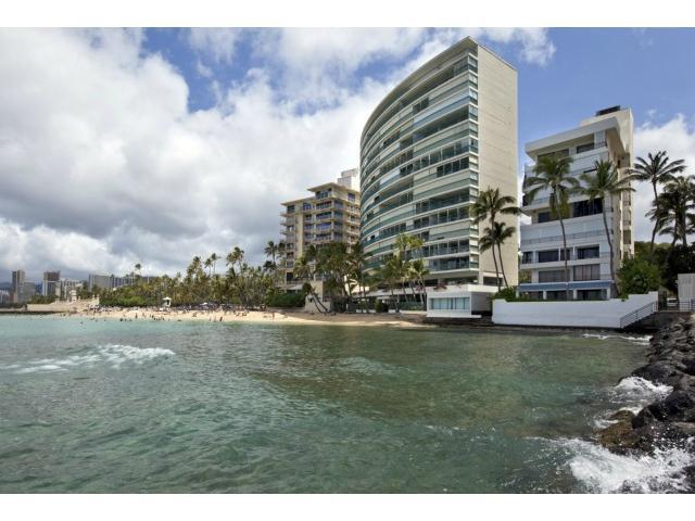 2893 Kalakaua Avenue - Photo 1