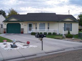 2102  Alder Dr  , Caldwell, ID 83605 (MLS #98574097) :: Core Group Realty