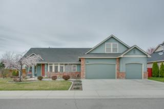2451 N Hickory Way  , Meridian, ID 83634 (MLS #98582306) :: Tiger Prop