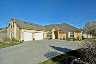 346 W Cave Bear  , Meridian, ID 83642 (MLS #98582374) :: Core Group Realty