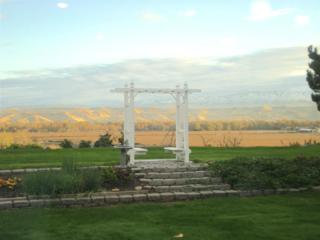 10430 W Whispering Cliffs  , Boise, ID 83704 (MLS #98571911) :: Core Group Realty
