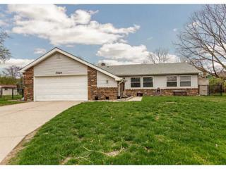 7729  Cambridge Drive  , Fishers, IN 46038 (MLS #21347081) :: The Evelo Team