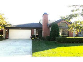 9345 N Golden Oaks East Drive  , Indianapolis, IN 46260 (MLS #21319637) :: The Gutting Group LLC