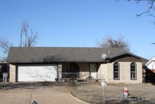 4609 NW Lincoln  , Lawton, OK 73505 (MLS #141087) :: Pam & Barry's Team - RE/MAX Professionals