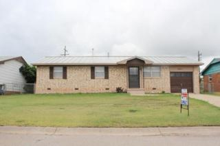 4221 SW Summit Ave  , Lawton, OK 73505 (MLS #139021) :: Pam & Barry's Team - RE/MAX Professionals
