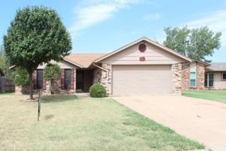 817 SW Chaucer Dr  , Lawton, OK 73505 (MLS #139864) :: Pam & Barry's Team - RE/MAX Professionals