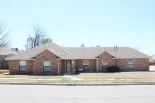 5101 NE Dearborn Ave  , Lawton, OK 73507 (MLS #141372) :: Pam & Barry's Team - RE/MAX Professionals