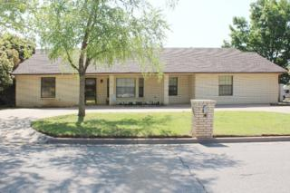 901 NW Micklegate Blvd  , Lawton, OK 73505 (MLS #141688) :: Pam & Barry's Team - RE/MAX Professionals