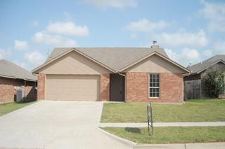 4409 SW Hickory Ln  , Lawton, OK 73505 (MLS #139951) :: Pam & Barry's Team - RE/MAX Professionals