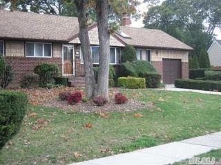 2  Amy Ct  , Massapequa, NY 11758 (MLS #2715932) :: RE/MAX Wittney Estates