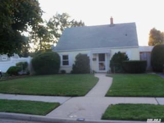 30  Vista Ln  , Levittown, NY 11756 (MLS #2716874) :: RE/MAX Wittney Estates
