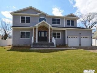 8  Elm St  , Massapequa, NY 11758 (MLS #2742383) :: RE/MAX Wittney Estates