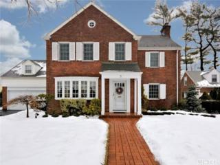 9  Holyoke Rd  , Rockville Centre, NY 11570 (MLS #2742608) :: RE/MAX Wittney Estates