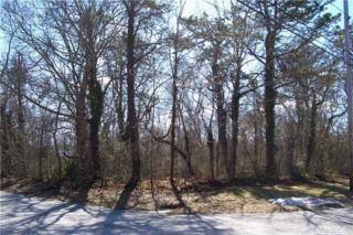 39 W Argonne Rd  , Hampton Bays, NY 11946 (MLS #2748779) :: RE/MAX Wittney Estates