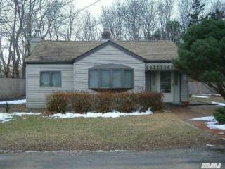 155  Goldin Ln  , Southold, NY 11971 (MLS #2749824) :: Carrington Real Estate Services
