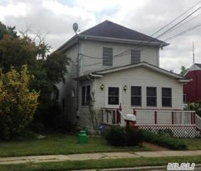184 E 11th St  , Huntington Sta, NY 11746 (MLS #2701458) :: RE/MAX Wittney Estates