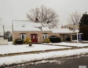 55  Club Ln  , Levittown, NY 11756 (MLS #2733699) :: RE/MAX Wittney Estates