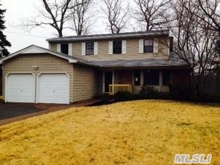 41  Sycamore Ave  , Lake Grove, NY 11755 (MLS #2749533) :: Carrington Real Estate Services