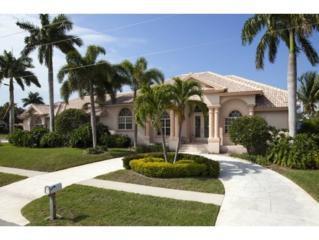 1050  Cara Court  7, Marco Island, FL 34145 (MLS #2150928) :: Clausen Properties, Inc.