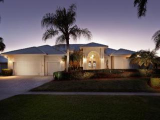 160 S Heathwood Drive S 7, Marco Island, FL 34145 (MLS #2150456) :: Clausen Properties, Inc.