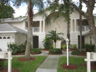 7274  Eleanor Circle  202, Sarasota, FL 34243 (MLS #A4123198) :: Exit Realty Lakeland