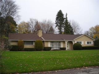 3160  Berkshire Drive Drive  , Bloomfield Twp, MI 48301 (#214126872) :: Sine and Monaghan Realtors