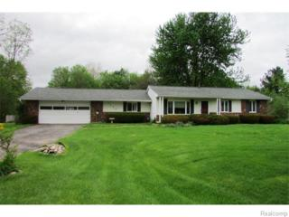 3325  Susan Drive  , Howell, MI 48855 (#215046905) :: The Buckley Jolley Real Estate Team