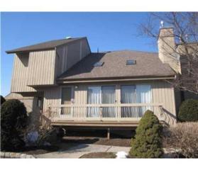 112  Kelly Drive  , Edison, NJ 08820 (MLS #1510529) :: The Dekanski Home Selling Team