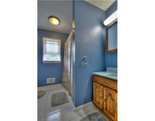 1740 Kenyon Ave - Photo 17