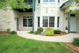 10202 W Deerwood Ln  17, Franklin, WI 53132 (#1422830) :: Realty Executives Integrity