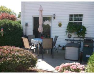 945  Riverside Dr  4D, Methuen, MA 01844 (MLS #71744362) :: Carrington Real Estate Services