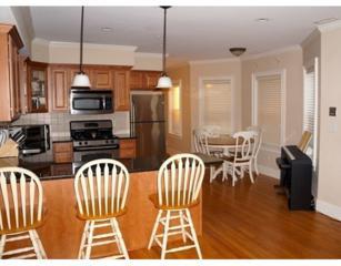 17  Robbins Street  2-1, Waltham, MA 02453 (MLS #71842564) :: Vanguard Realty