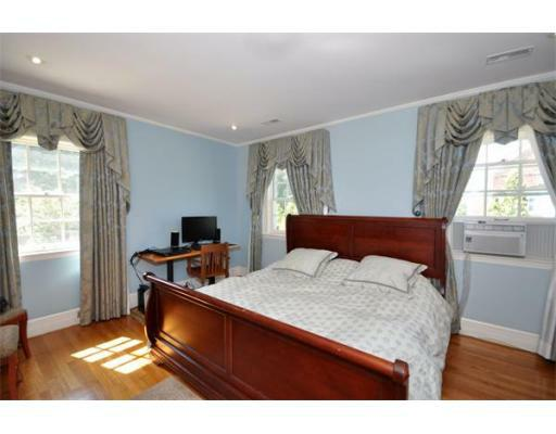 72 Beacon St - Photo 15