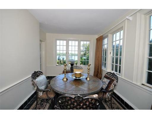 72 Beacon St - Photo 5