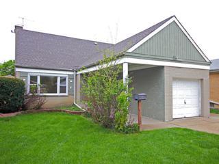 8322  Crawford Avenue  , Skokie, IL 60076 (MLS #08622998) :: Jameson Sotheby's International Realty