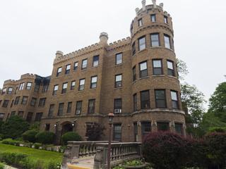 2418 W Greenleaf Avenue  3, Chicago, IL 60645 (MLS #08661944) :: Jameson Sotheby's International Realty