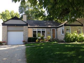 1027  Blackthorn Lane  , Northbrook, IL 60062 (MLS #08803951) :: Jameson Sotheby's International Realty