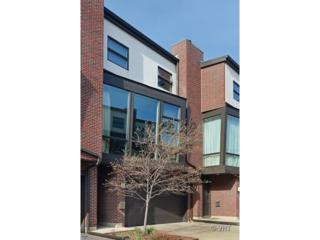 2323 N Bosworth Avenue  , Chicago, IL 60614 (MLS #08685538) :: Jameson Sotheby's International Realty
