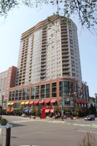 807  Davis Street  407, Evanston, IL 60201 (MLS #08720505) :: Jameson Sotheby's International Realty