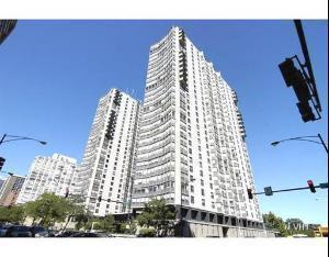 5701 N Sheridan Road  4F, Chicago, IL 60660 (MLS #08772957) :: Jameson Sotheby's International Realty