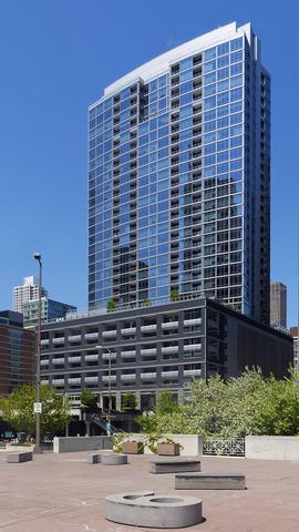 240 E Illinois Street  2402, Chicago, IL 60611 (MLS #08788890) :: Jameson Sotheby's International Realty