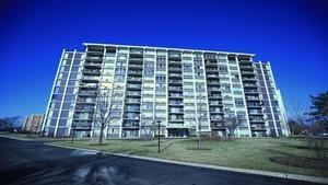 8809 W Golf Road  9G, Niles, IL 60714 (MLS #08824899) :: Jameson Sotheby's International Realty