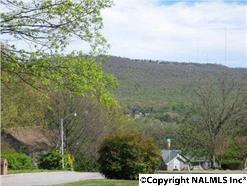 2010 NE Woodcroft Drive  , Huntsville, AL 35811 (MLS #1011141) :: Matt Curtis Real Estate, Inc.