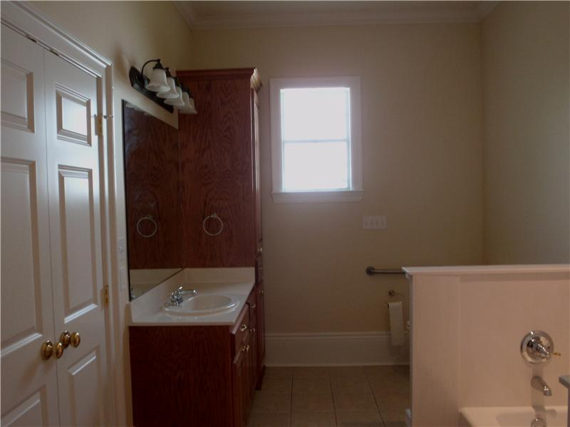 106 Idaho Ct - Photo 11