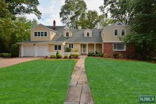395  Beechwood Rd  , Ridgewood, NJ 07450 (#1435594) :: Fortunato Campesi - Re/Max Real Estate Limited